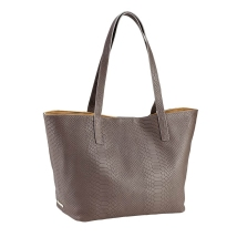Gigi Teddie Tote, Made in USA // Gifts for Grads // from: MeredithTested.wordpress.com