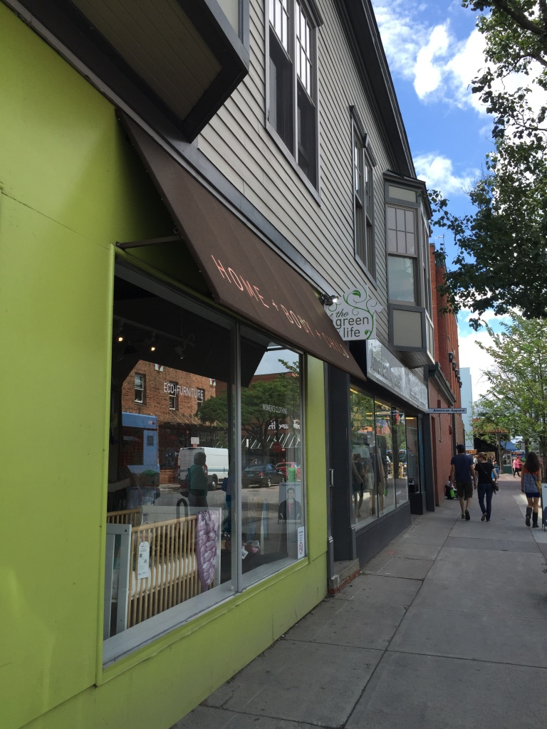 The Green Life in Burlington, VT (Vermont) // Review by MeredithTested.wordpress.com