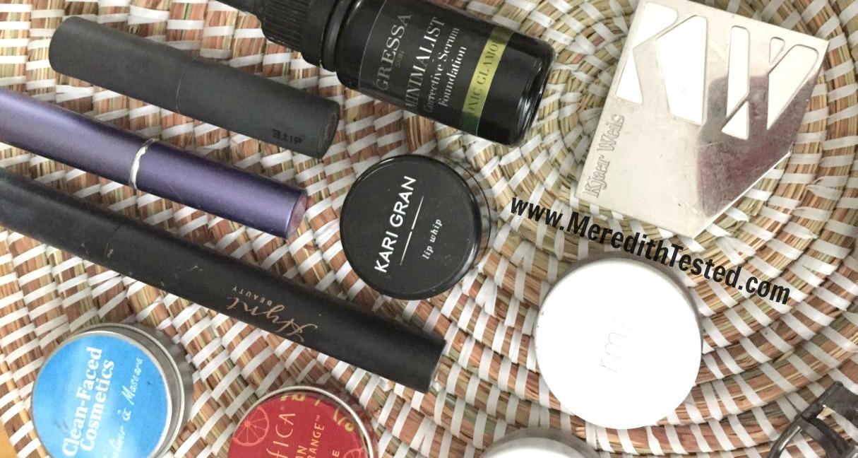 Makeup hoarder turned minimalist ... see inside Meredith's green, organic beauty makeup bag!
